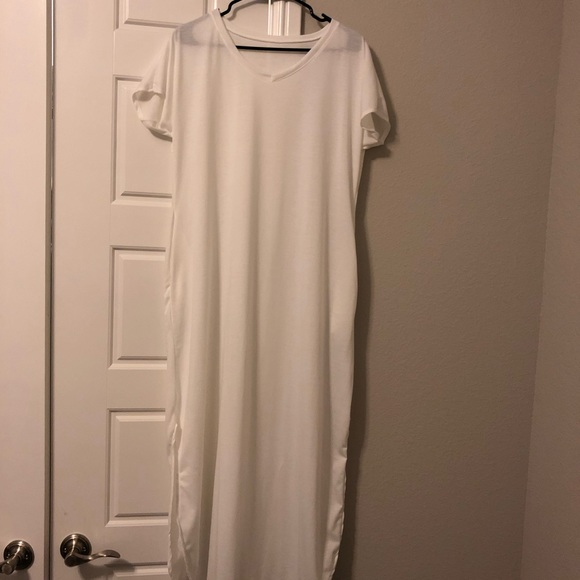 Dresses & Skirts - White Maxi Shirt Dress